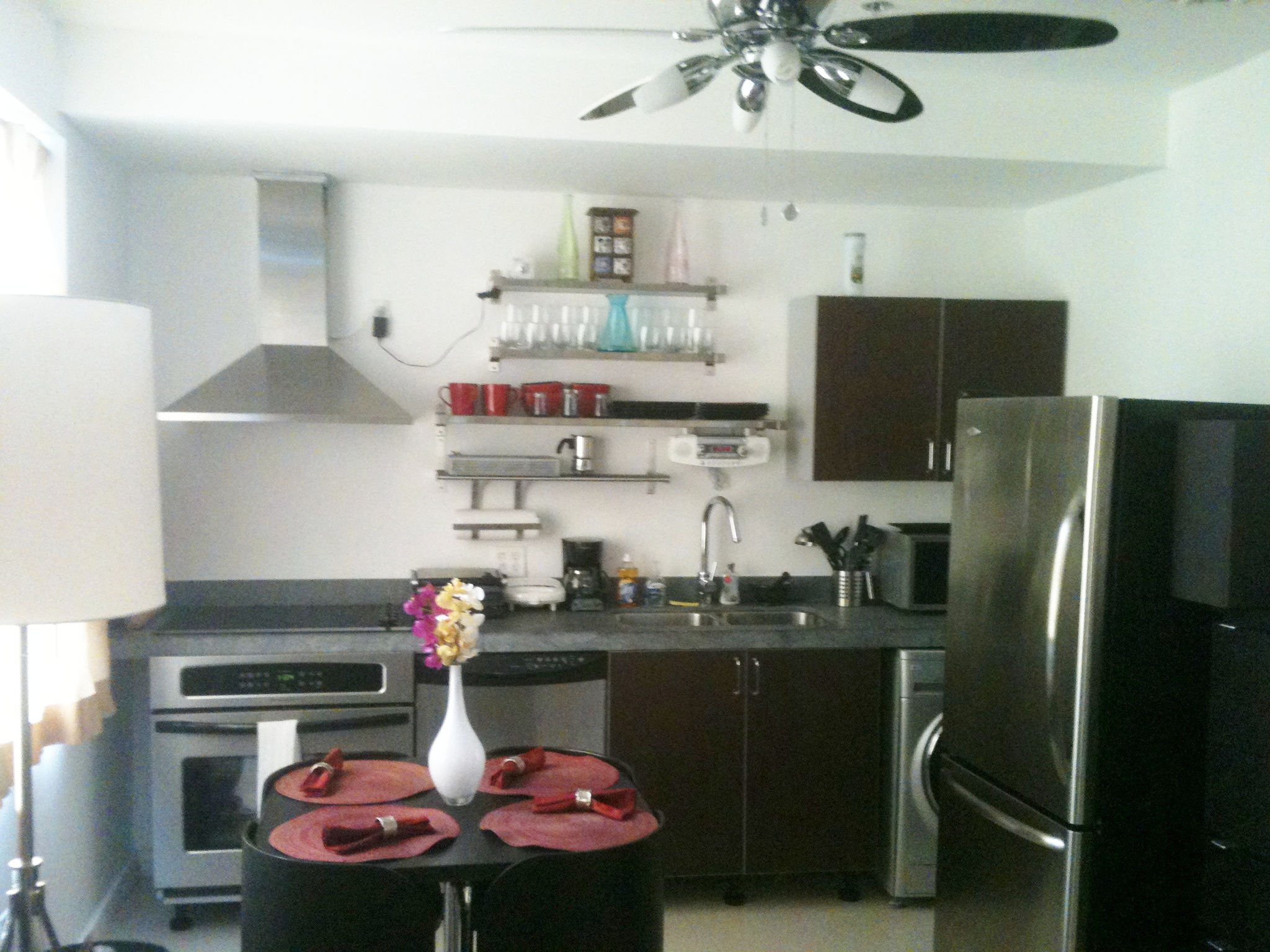 Apartamento para alquilar en miami beach hospedarse en for Cocinas para apartaestudios